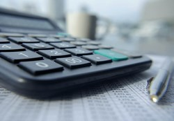 Commercial Insurance Premiums: How Are They Calculated?