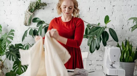 There's a lot to know about Etsy for sellers. You may not have figured on insurance coverage for running your Etsy shop, here's why it...