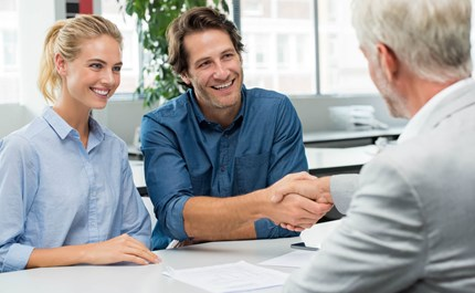 How To Pick The Right Insurance Agent